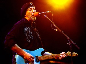 640px-Richard_Thompson_-_6-21-07_-_Photo_by_Anthony_Pepitone