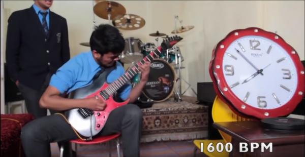 自称世界一の速弾きギタリスト達