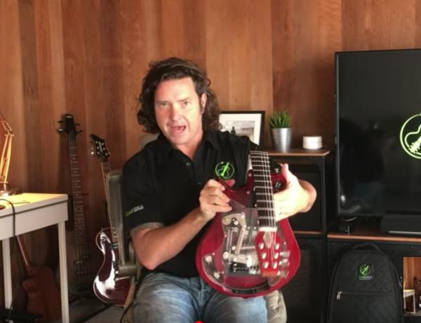 折りたたみギター,エレキギター