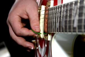 ギター ピッキング