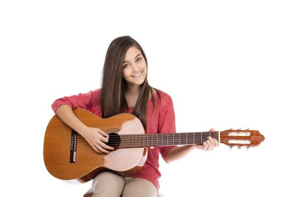 ギター アコギ 女性